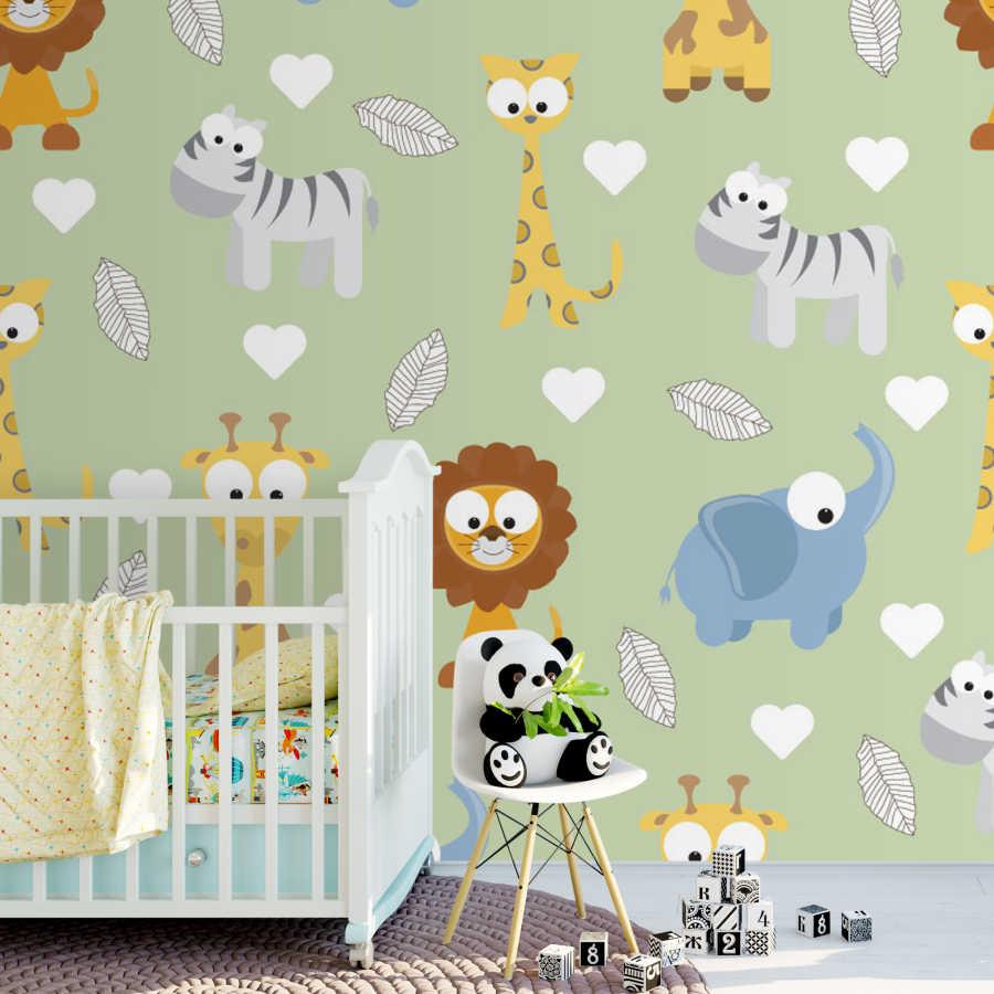 Yeşil zeminde fil aslan zürafa bebek odası duvar kağıdı