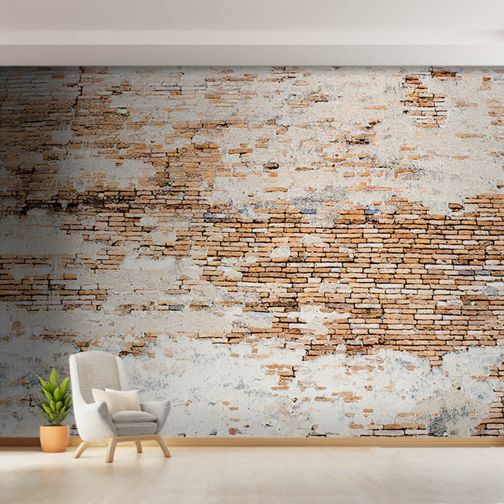Tuğla duvarda parça gri sıva duvar kağıdı