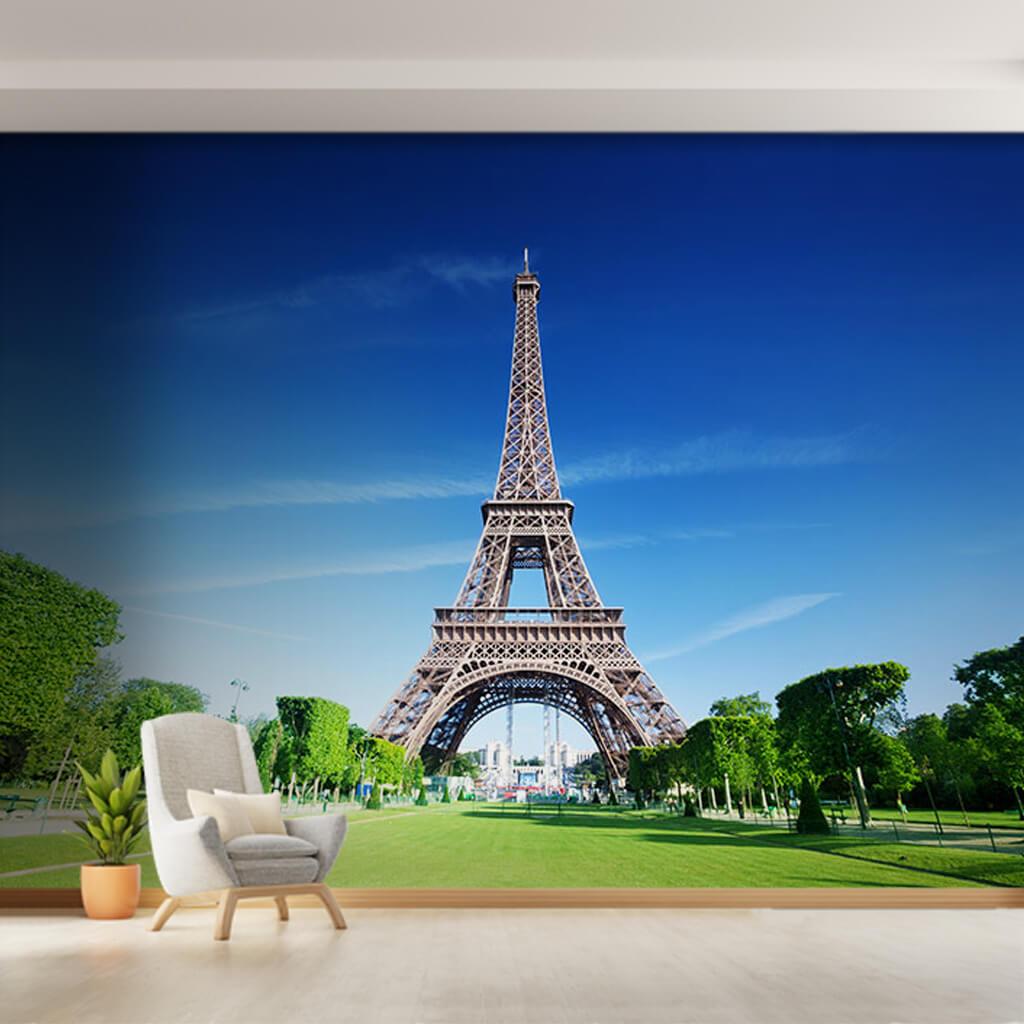 Champ de Mars Parkından Eyfel Kulesi Paris Fransa duvar kağıdı