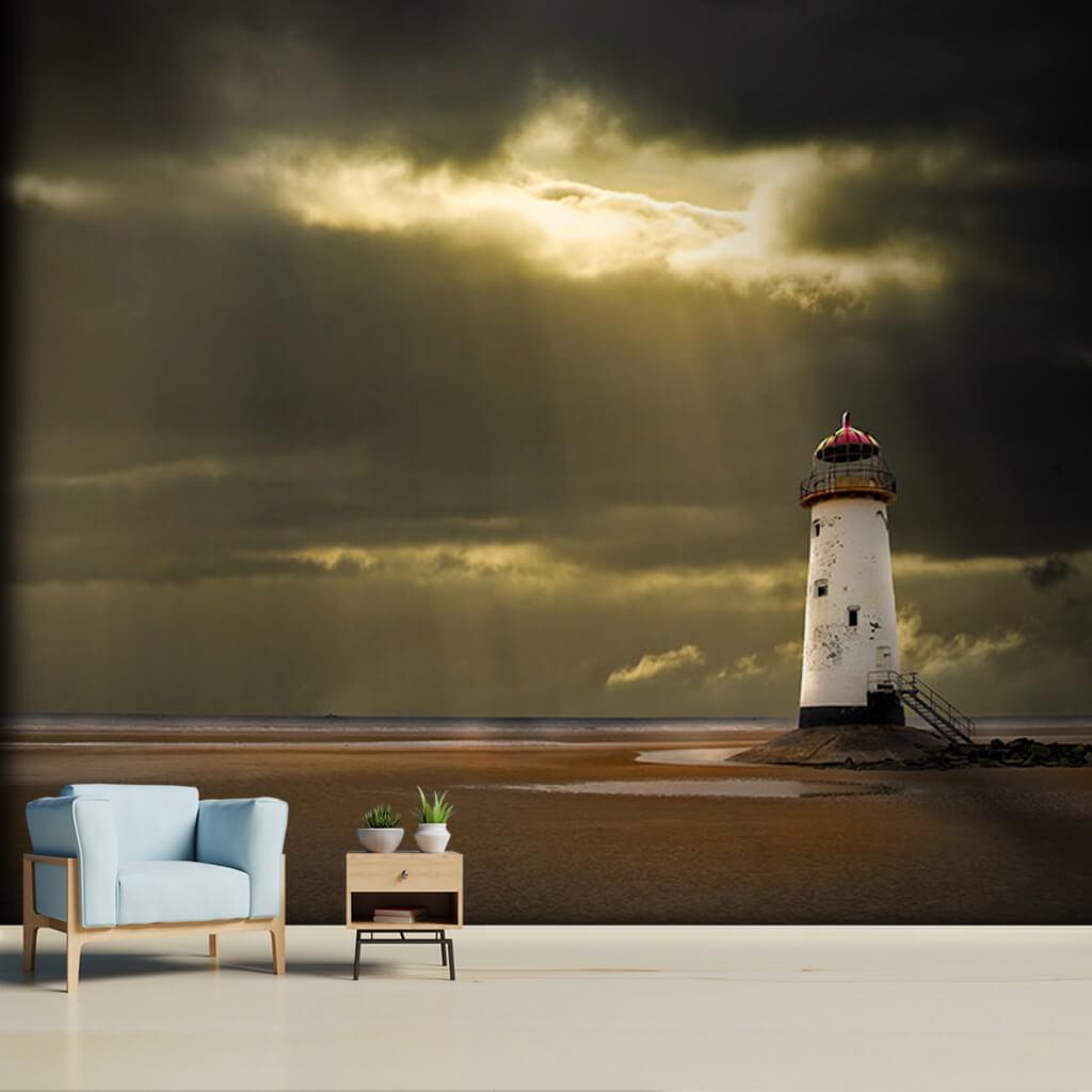 Bulutlardan sızan gün ışıkları ve deniz feneri duvar kağıdı
