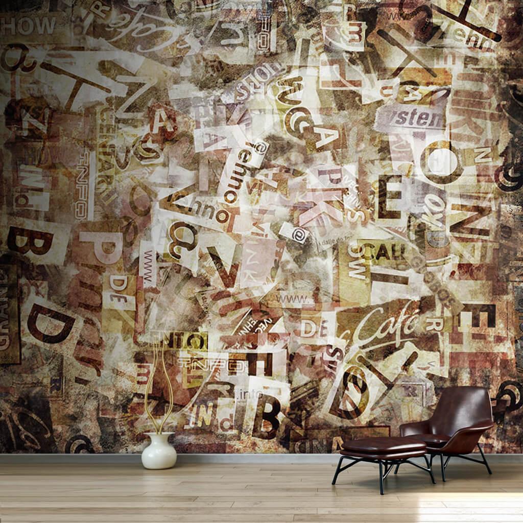 Eski yırtık gazetelerle dokulu sanatsal duvar kağıdı