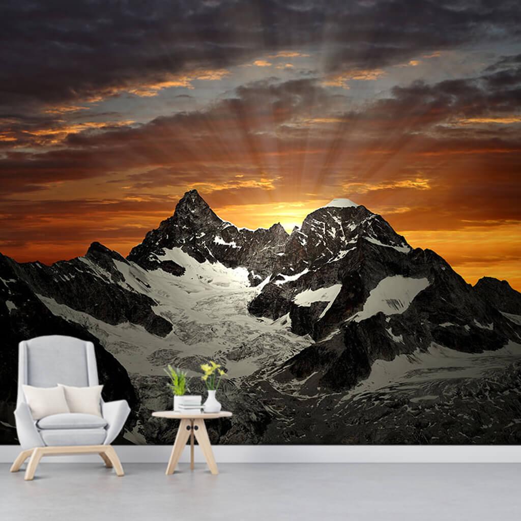 Alp dağlarında şafak gün doğumu İsviçre duvar kağıdı